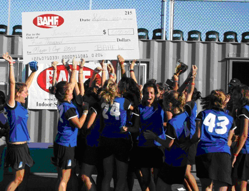 A very jubilant Junior FC from Barcelona celebrate after receiving the winner's $5,000 check – photo: Richard Francois